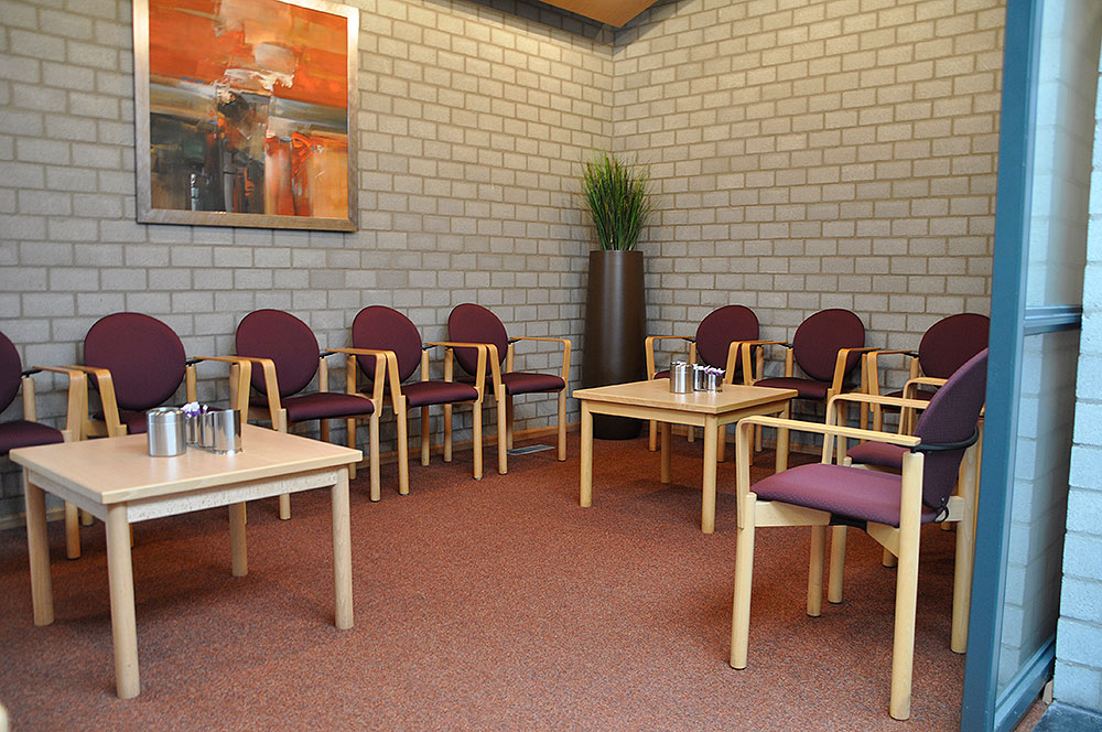 zevenaar chat rooms Browse family hotels arnhem hotels & save money  zevenaar  unwind with a movie on your in-room entertainment system chat about the day's events.